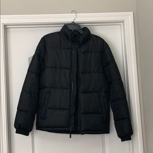 Men's Black Old Navy Puffer Jacket